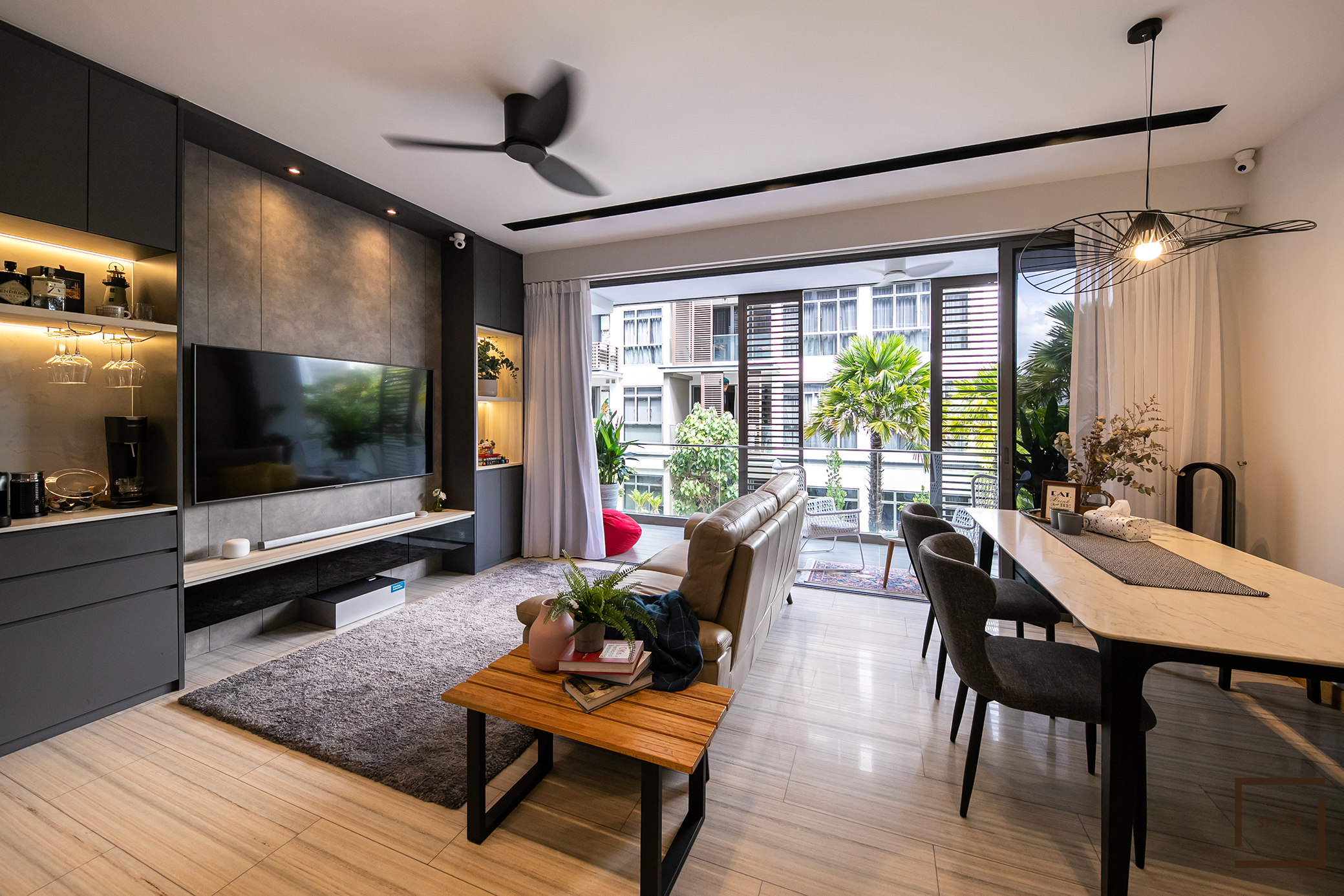 RESALE 3 ROOM CONDO @ THE SEAWIND